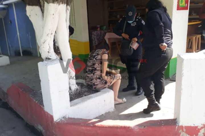 Dama embarazada amenaza con suicidarse en La Pimienta