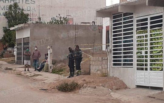 Lapidan y entierran a jovencito en un patio en Chiapa de Corzo