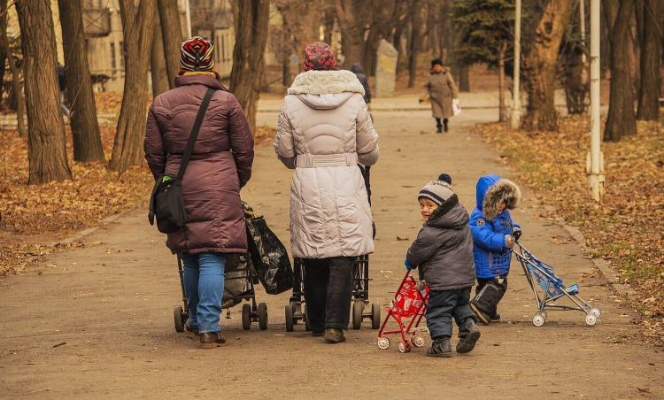 Мамы с детьми