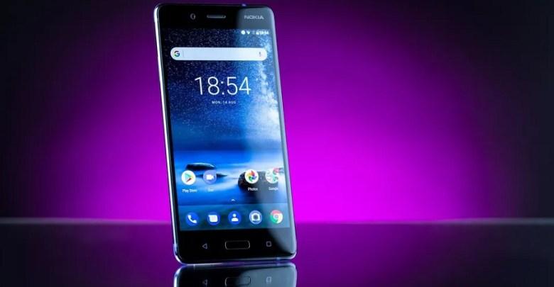 Nokia 8 predna strana