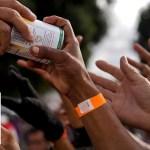 Food, water scarce for thousands of migrants in Tijuana
