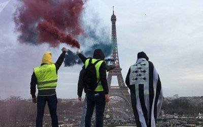 Pas de fin en vue dans la révolte du «gilet jaune» en France