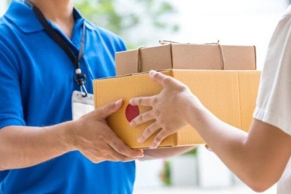 Quels sont les secteurs économiques qui profitent du Coronavirus - Livraison à domicile