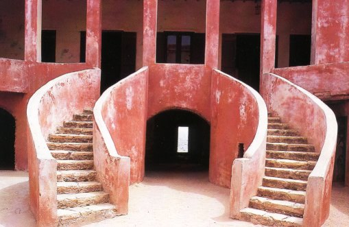Voir l'histoire de l'esclavage sur l'île de Gorée