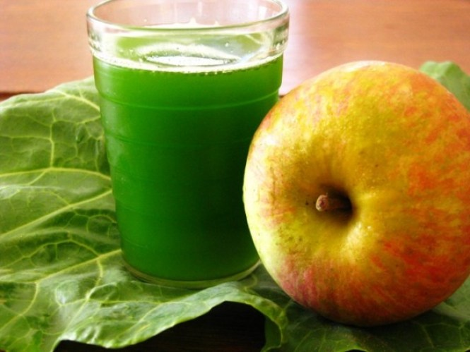 agua de berinjela com suco-maçã