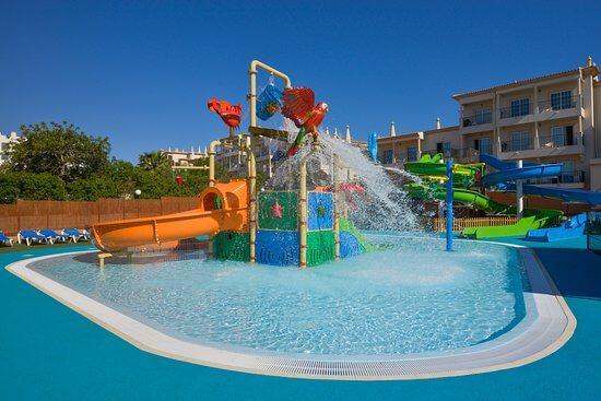 mini parque aquático do Clube Humbria