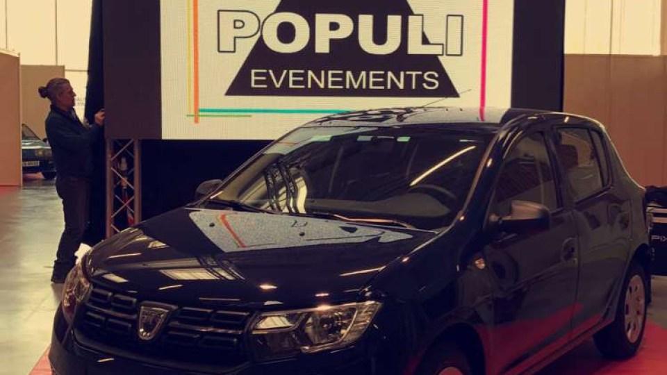 Ecran LED plein jour P3,9 pour une inauguration de voiture