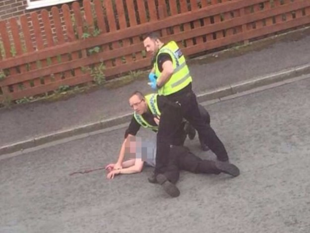 Police arrest the man believed to be Jo Cox's attacker [Image: Mocha].
