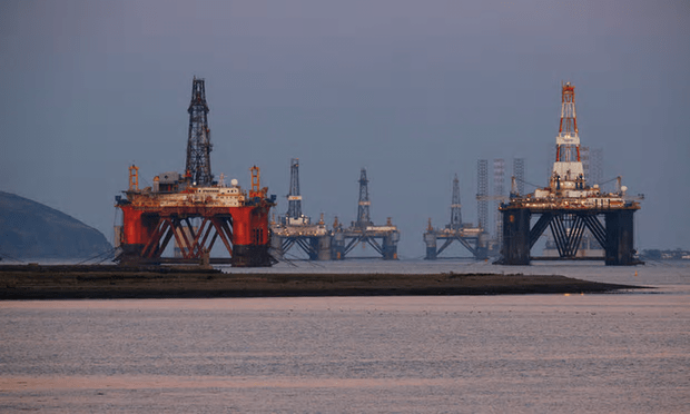 Scotland's share of North Sea oil tax revenues slumped steeply from £1.8bn to just £60m amid falling oil prices [Image: Murdo Macleod for the Guardian].
