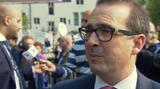 "With an expression like that on his face Owen Smith can either be sucking a lemon or saying the word ""Momentum"". Which do you think it is? [Image: BBC.]"
