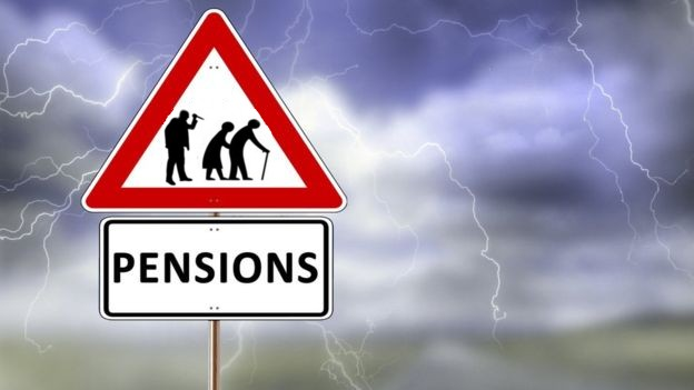 161004-pensioners-backstab