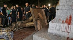 """Silent Sam"" toppled as police stand guard"