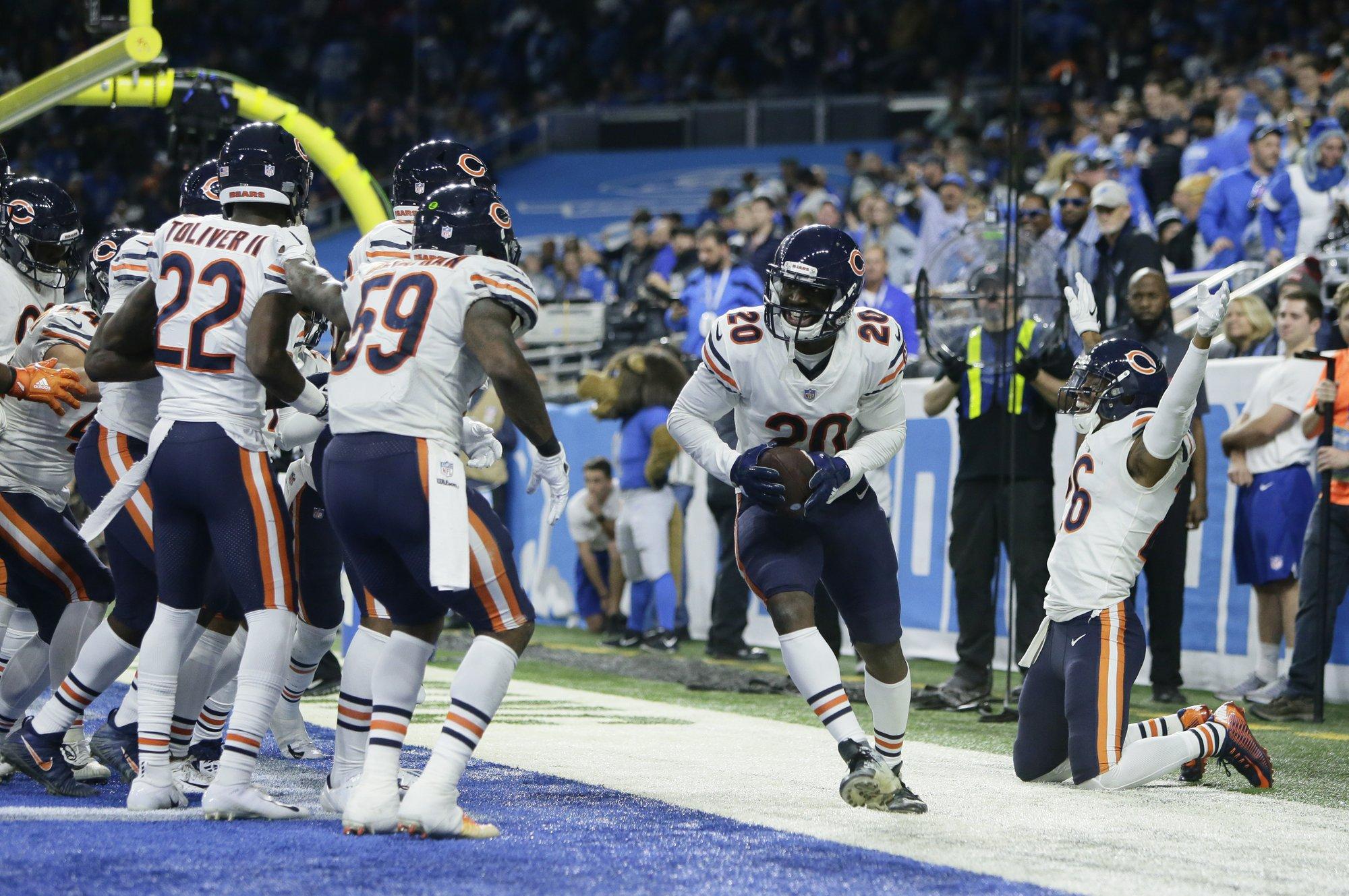 Daniel sale al rescate, Bears vencen 23-16 a Lions