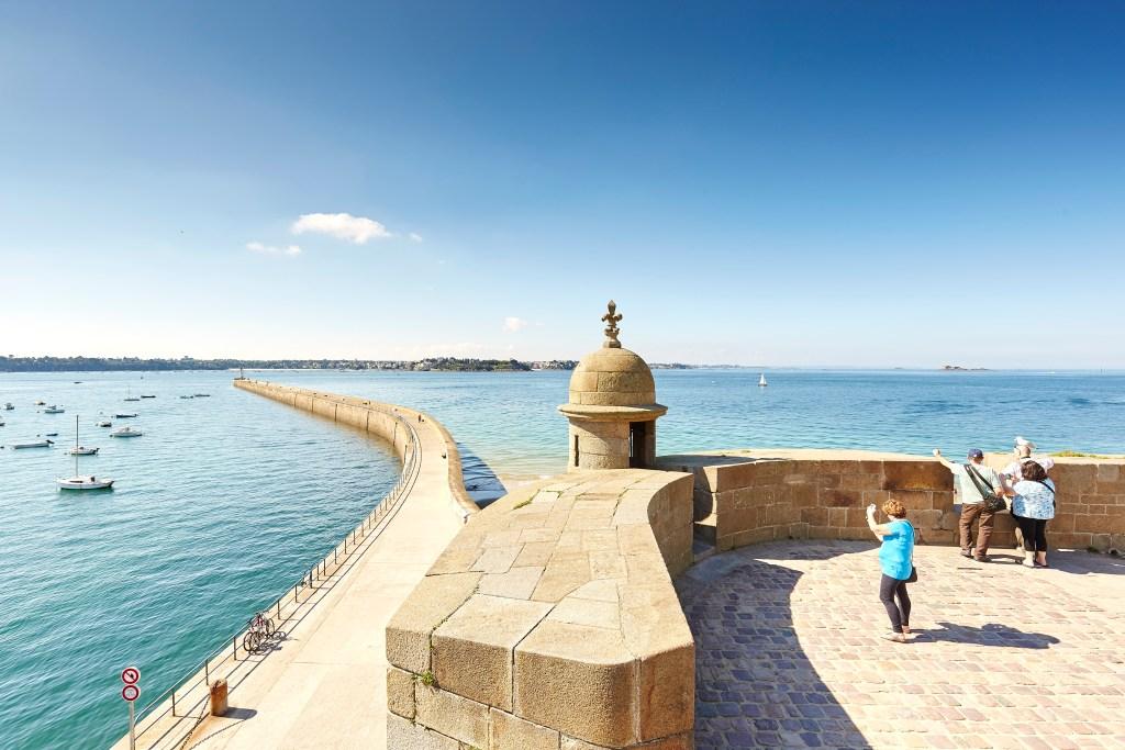 Saint Malo - Tour & rempart