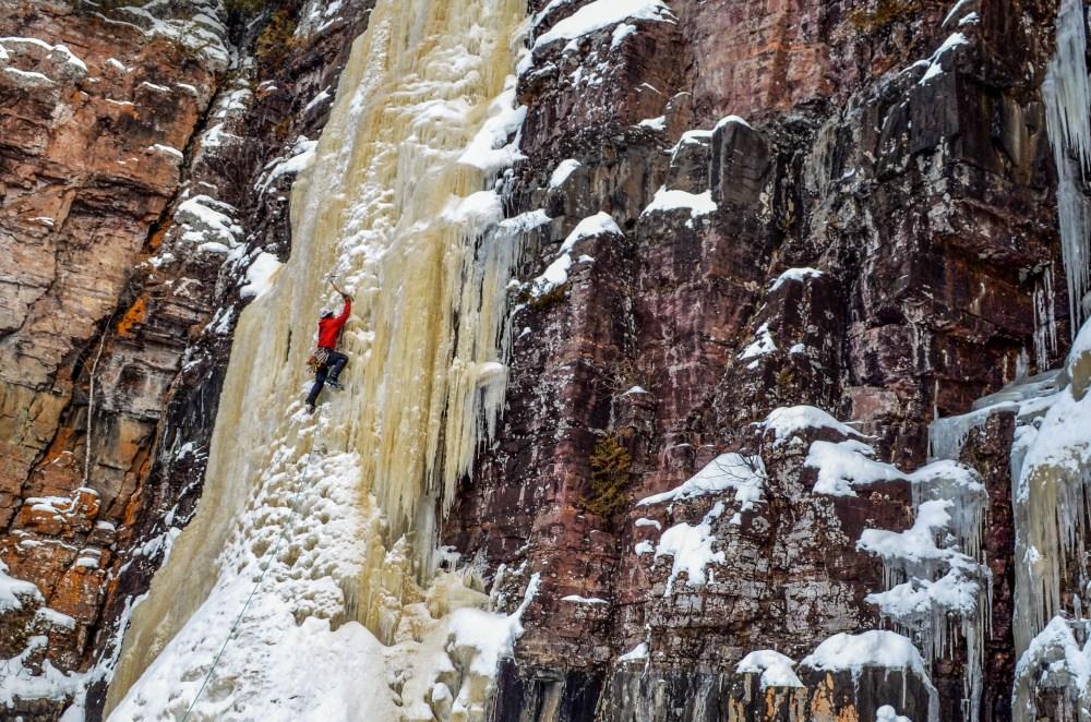Iceclimbing1