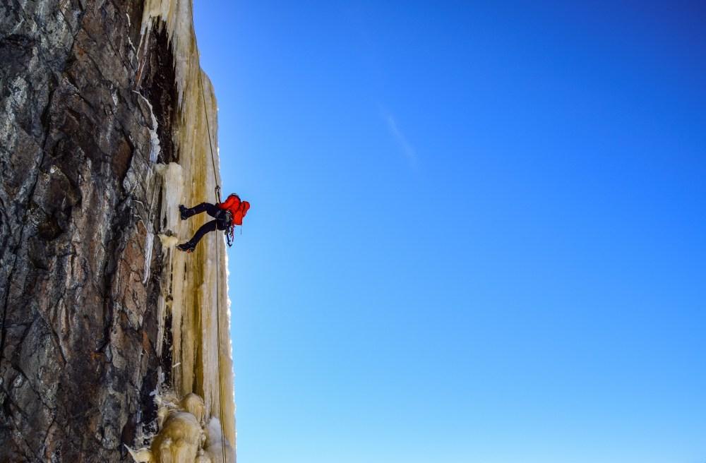 Iceclimbing2