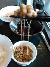 J'suis un aventurier moi : le natto au p'tit dej' : meme pas peur !