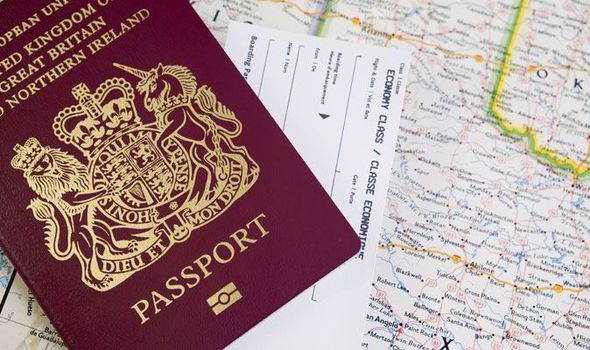 パスポート、持ってますか?