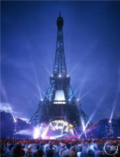 Tour Eiffel Jean-Michel Jarre (© Golan Rouzkhosh Gallery)