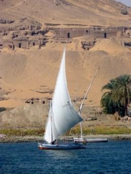 Jean-Marc Gyphjolik en balade en felouque sur le Nil