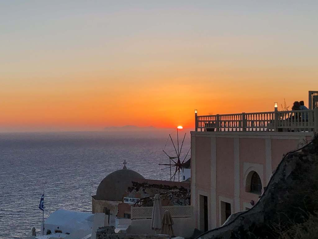 coucher-de-soleil-oia-santorin