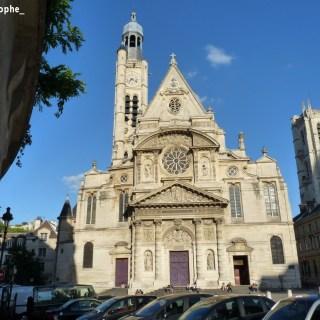 Saint Etienne du Mont à Paris et la Tour Charlemagne