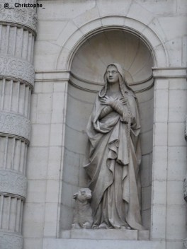 statue Sainte Geneviève - Paris