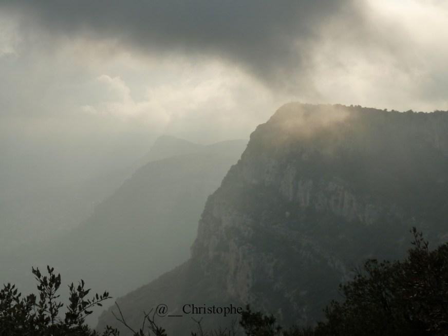 Baou de Saint Jeannet vu du Baou de la Gaude
