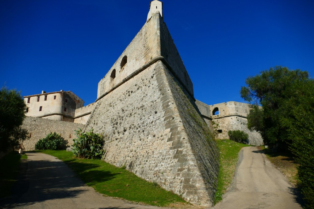 "Bastion ""Corse"" du Fort Carré d'Antibes"