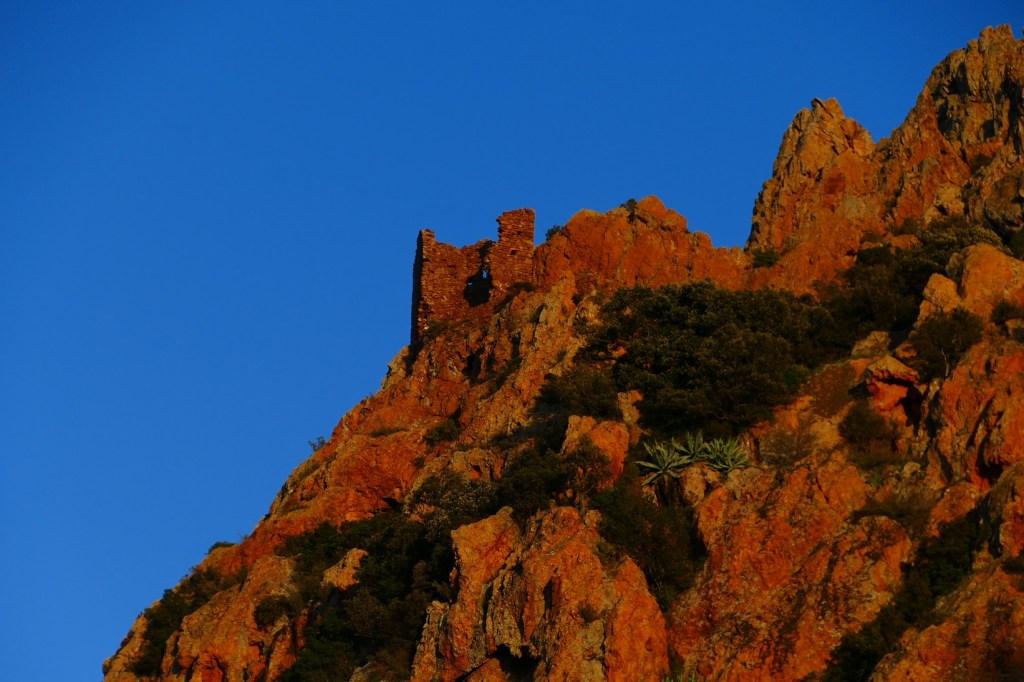 Pic du Cap Roux - la Sainte Baume d'Honorat