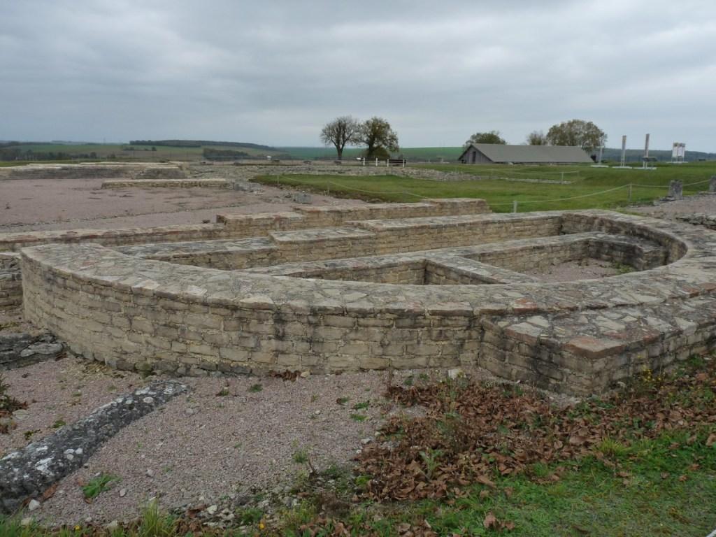 Alésia - Alise-Sainte-Reine - fouilles du Mont Auxois