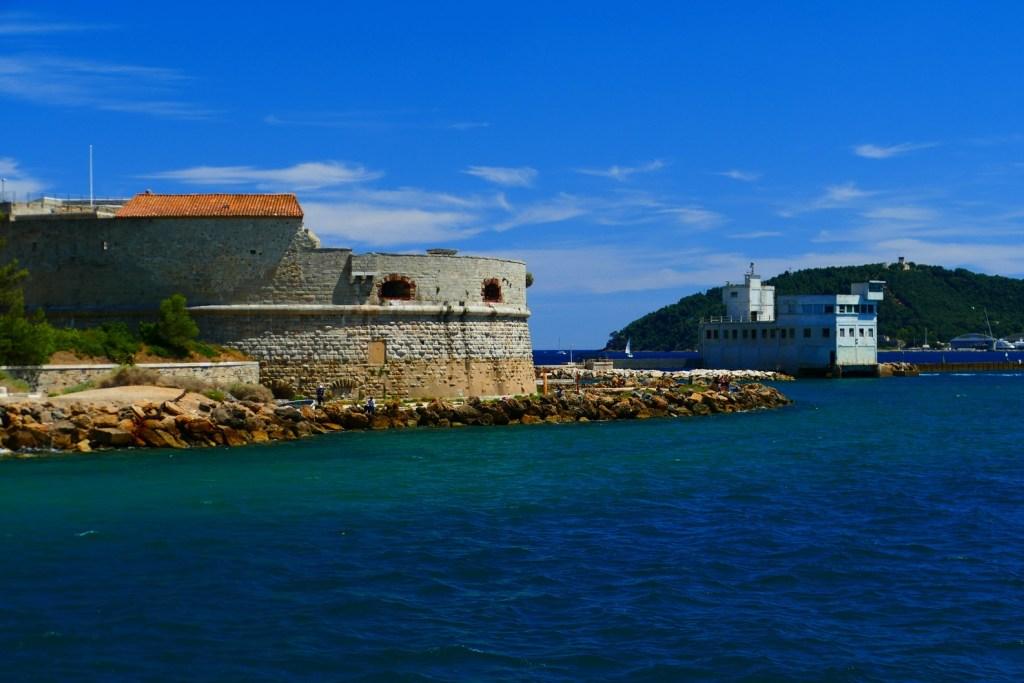 Rade de Toulon: la tour Royale