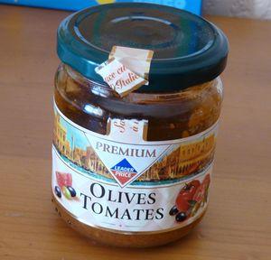 2c224 64955937 p Pain olives tomates