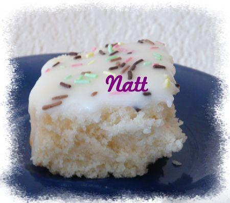 Buttermilk_white_cake_2