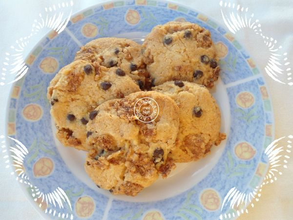Cookies aux corn flakes et pépites de chocolat