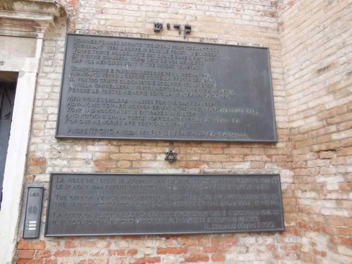 En souvenir des Juifs de Venise déportés vers les camps de la mort...