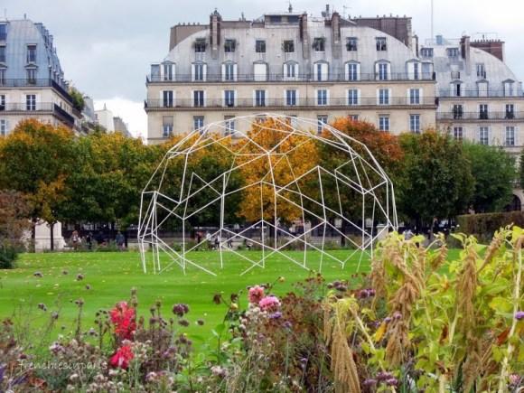 De l'art contemporain dans les jardins de Paris 1