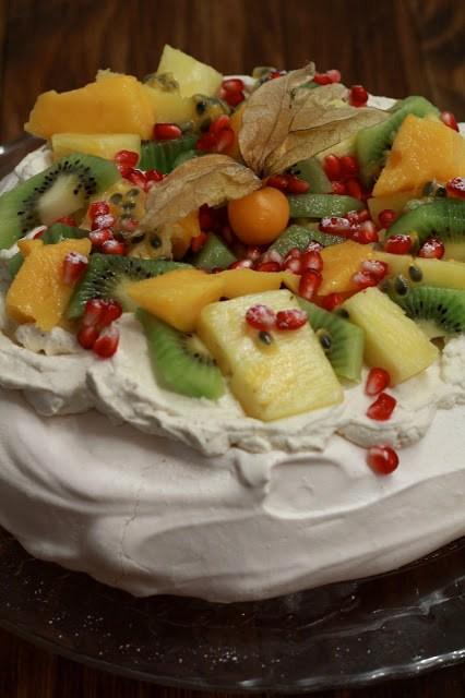 recette pavlova fruits exotiques meringue suisse