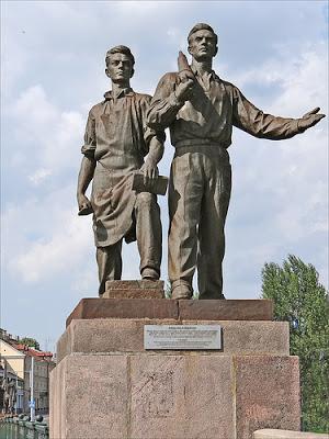Les statues soviétiques du Pont Vert à Vilnius (Histoire de la Lituanie) 4