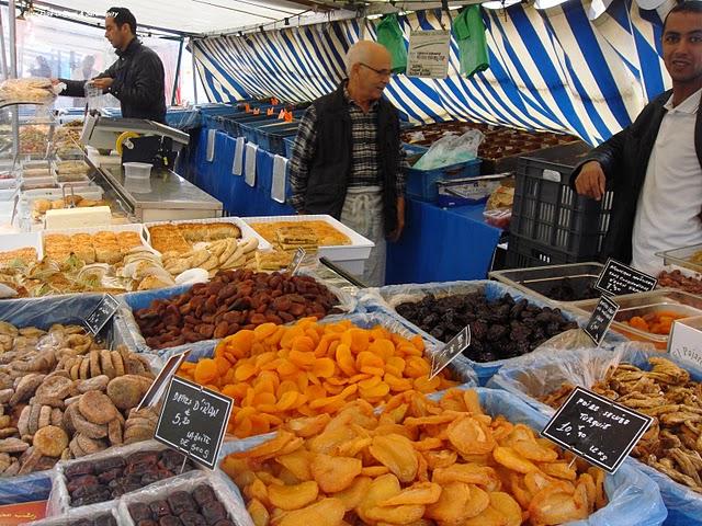 Shopping à Paris : la tradition des marchés de Paris 11