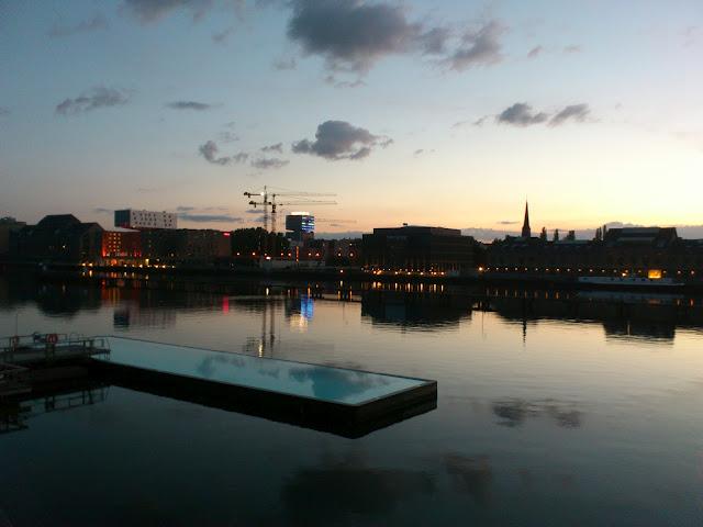 Beauté de Berlin : Full Sun Party au Badeschiff 4