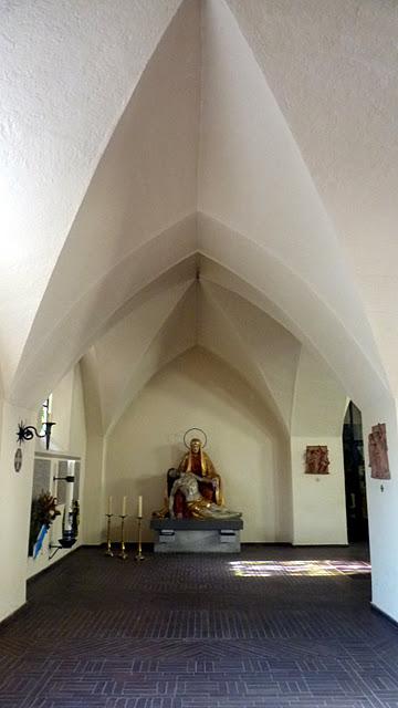 L'église Leiden Christi à Obermenzing ; jolie excursion depuis Munich en Baviere) 8