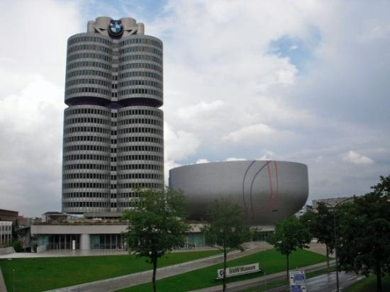 Restaurant BMW Welt à Munich ; un cadre incontournable, une gastronomie réputée 1