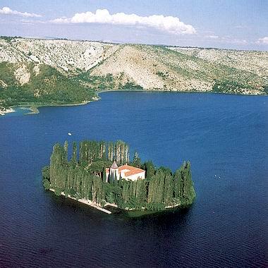 Parc national Krka, un beau parc à cascades près de Sibenik en Dalmatie du Nord 2