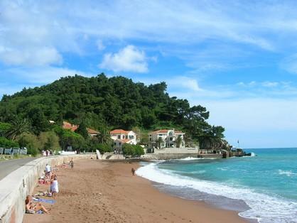 Petrovac, une station balnéaire très prisée (Montenegro tourisme) 1