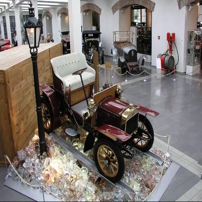 Mlada Bosleslav ; château de Bohème, usine et musée Skoda 7