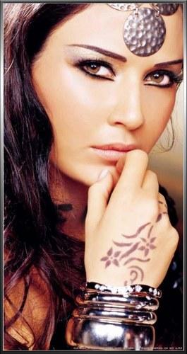 Sirin Abd Nour (Cyrine Adbel Nour), une voix envoutante et une star de la chanson libanaise 3