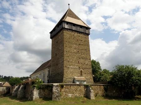 Barcut (Bărcuţ) ; village saxon et église fortifiée de Transylvanie 1