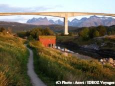 pont et chalet en Norvège