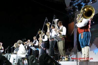 Guca festival Gucha Dragaveco : le festival des fanfares en Serbie 17